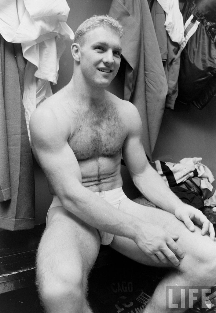 With a single photo, thousands of men went out and bought a jock after this photo came out. They quickly found themselves wearing jocks on the weekend and under suits!