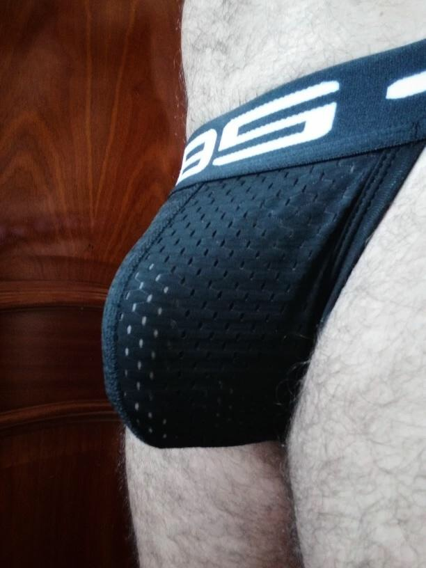 Mesh jocks are probably the hottest things on the planet. From this distance, everybody is a cocksucker