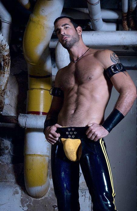 Jimmy showed creativity before sending his photograph into the casting director. Painting the pipe to match his packed jock & VPL-brilliant!